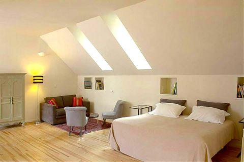 grande Studio avec Lit de 160 cm ou 2 lits simples, canapé-lit et 2 fauteuils